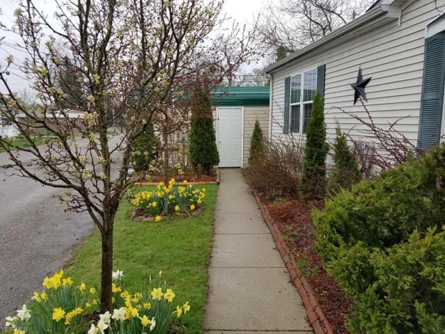 12860 Mayfield Road #37, Chardon, OH 44024 (MLS #4088669) :: The Crockett Team, Howard Hanna