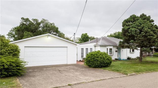 802 Warren Ave, Belpre, OH 45714 (MLS #4094175) :: RE/MAX Edge Realty