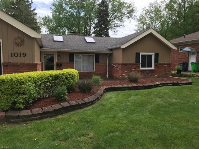 1019 Lander Rd, Mayfield Village, OH 44143 (MLS #4097776) :: RE/MAX Valley Real Estate