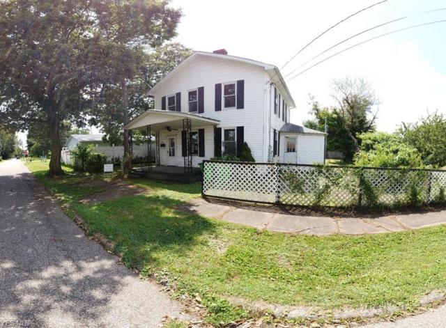 405 Florence Street, Belpre, OH 45714 (MLS #4117135) :: RE/MAX Edge Realty