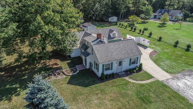 2801 Orchard Drive, Willoughby Hills, OH 44092 (MLS #4136874) :: The Crockett Team, Howard Hanna