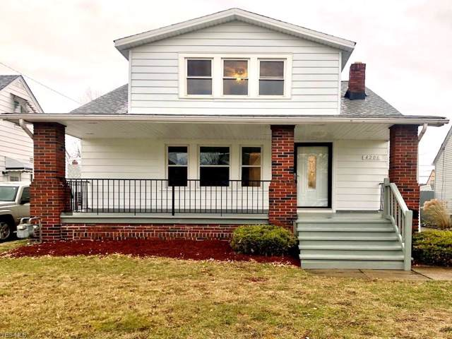 4206 Maplecrest Avenue, Parma, OH 44134 (MLS #4154777) :: RE/MAX Trends Realty