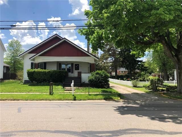 812 E Porter Street, Malvern, OH 44644 (MLS #4161855) :: The Holden Agency