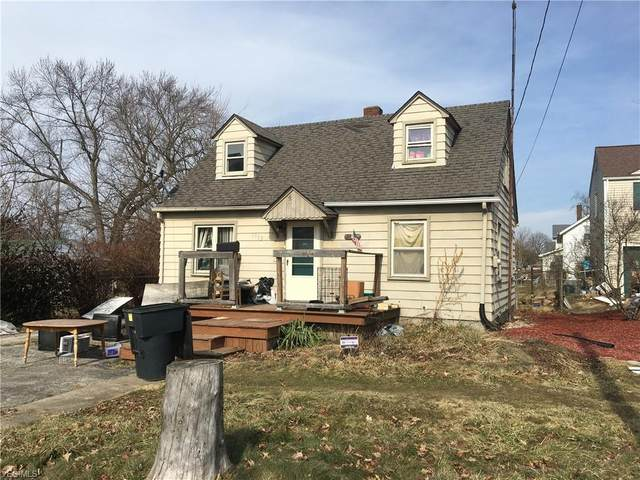 1553 Elm Road NE, Warren, OH 44483 (MLS #4169830) :: RE/MAX Trends Realty