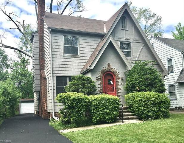 4015 Navahoe Road, Cleveland Heights, OH 44121 (MLS #4180723) :: Tammy Grogan and Associates at Cutler Real Estate
