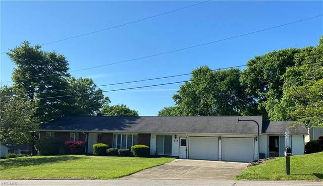 645 Evergreen Drive, East Palestine, OH 44413 (MLS #4190946) :: Tammy Grogan and Associates at Cutler Real Estate
