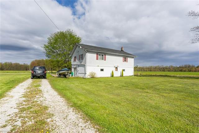 9065 Penniman Road, Orwell, OH 44076 (MLS #4197489) :: The Art of Real Estate