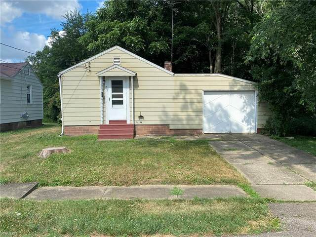717 Rainbow Drive, Louisville, OH 44641 (MLS #4206700) :: Tammy Grogan and Associates at Cutler Real Estate