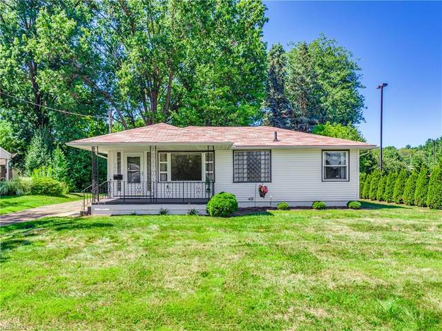 301 Marion Avenue NW, Massillon, OH 44646 (MLS #4214536) :: Tammy Grogan and Associates at Cutler Real Estate