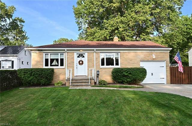 3232 Clague Road, North Olmsted, OH 44070 (MLS #4222530) :: The Jess Nader Team | RE/MAX Pathway