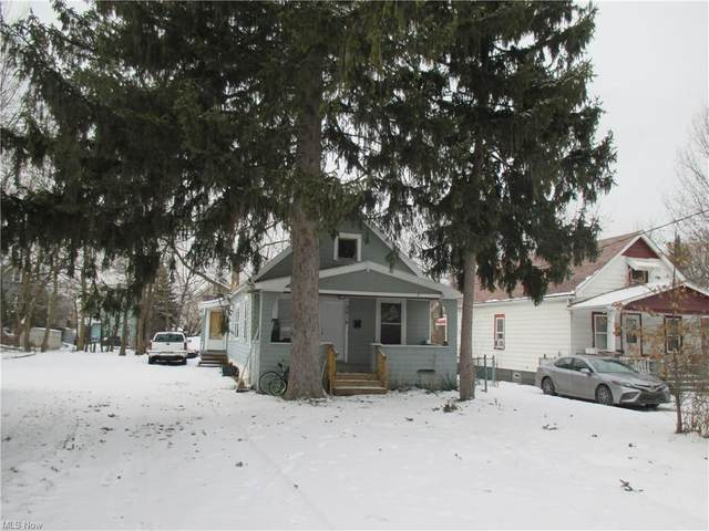 3018 E 128th Street, Cleveland, OH 44120 (MLS #4223831) :: RE/MAX Trends Realty