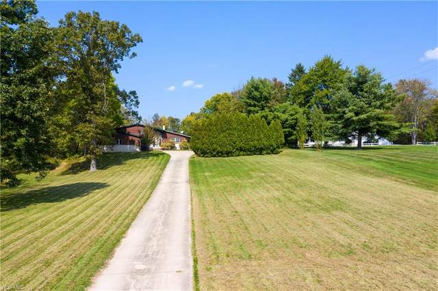 876 W Garfield Road, Aurora, OH 44202 (MLS #4227347) :: The Holly Ritchie Team