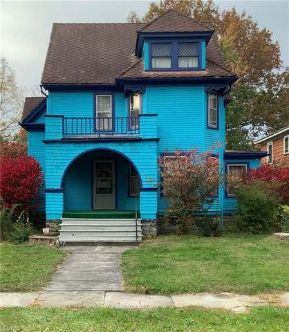 331 Washington Street NE, Warren, OH 44483 (MLS #4232484) :: The Holden Agency