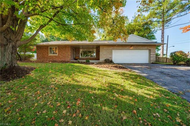2910 Macbeth Drive, Rocky River, OH 44116 (MLS #4233137) :: The Art of Real Estate