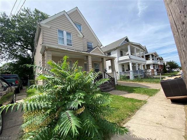 2142 W 105th Street, Cleveland, OH 44102 (MLS #4233493) :: Select Properties Realty