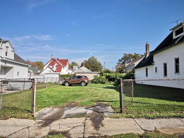 E 32nd Street, Cleveland, OH 44114 (MLS #4234861) :: RE/MAX Edge Realty