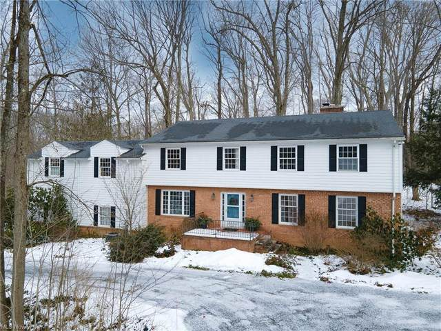 175 Hunting Trail, Chagrin Falls, OH 44022 (MLS #4247100) :: The Art of Real Estate