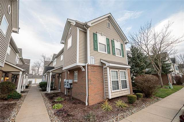 3398 Lenox Village Drive #136, Fairlawn, OH 44333 (MLS #4248547) :: The Jess Nader Team | RE/MAX Pathway