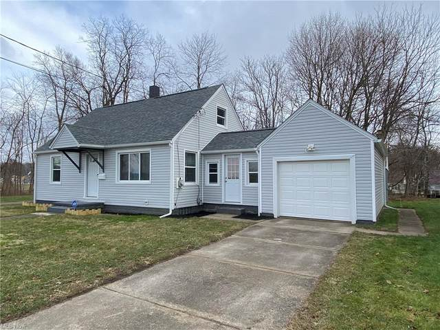 1322 Glenwood Avenue SE, Massillon, OH 44646 (MLS #4248629) :: Tammy Grogan and Associates at Cutler Real Estate