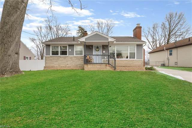 338 Roxbury Avenue NW, Massillon, OH 44646 (MLS #4256172) :: The Holden Agency