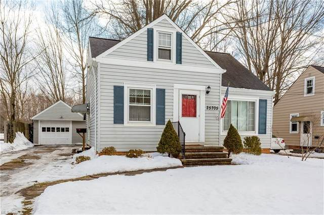 25705 Cook Road, Olmsted Falls, OH 44138 (MLS #4257723) :: RE/MAX Trends Realty