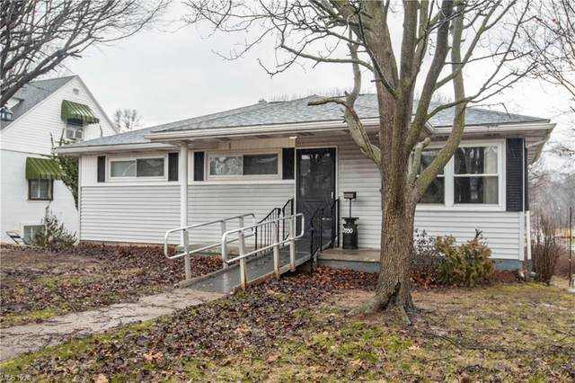 2700 Cleveland Avenue, Parkersburg, WV 26104 (MLS #4258658) :: Tammy Grogan and Associates at Cutler Real Estate