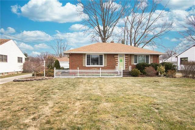 6553 Mackenzie Road, North Olmsted, OH 44070 (MLS #4261363) :: The Art of Real Estate