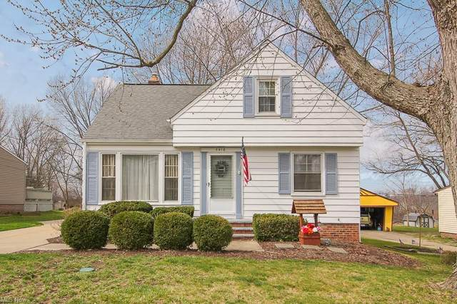 5416 Karen Isle Drive, Willoughby, OH 44094 (MLS #4264809) :: RE/MAX Edge Realty