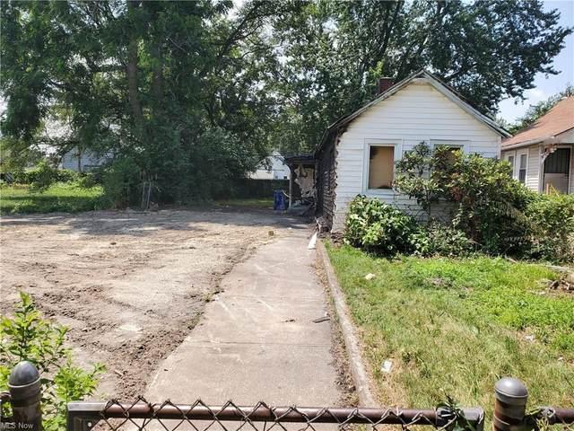 1560 E 43rd Street, Cleveland, OH 44103 (MLS #4268783) :: Tammy Grogan and Associates at Keller Williams Chervenic Realty