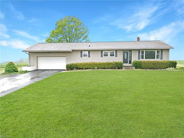9818 Guilford Road, Seville, OH 44273 (MLS #4272261) :: The Kaszyca Team
