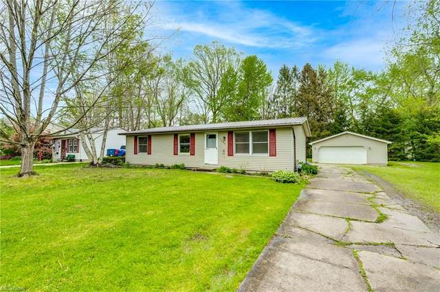 7300 Cliff Drive, Ravenna, OH 44266 (MLS #4275389) :: RE/MAX Edge Realty