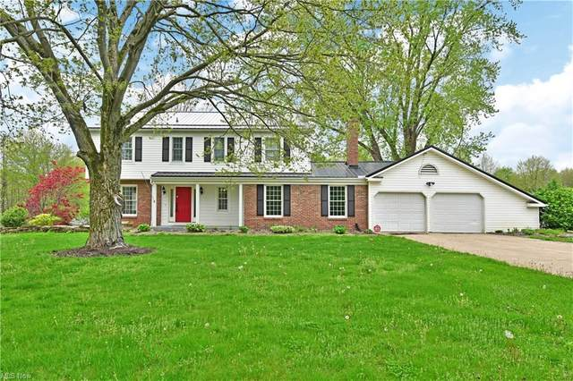 2852 Cadwallader Sonk Road, Cortland, OH 44410 (MLS #4275934) :: The Kaszyca Team
