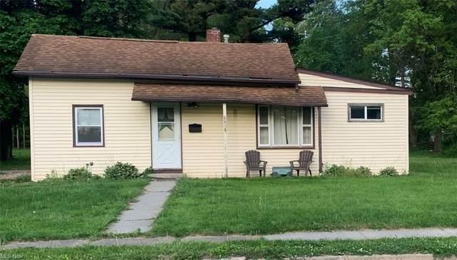 8904 S Main Street, Windham, OH 44288 (MLS #4282866) :: Tammy Grogan and Associates at Keller Williams Chervenic Realty