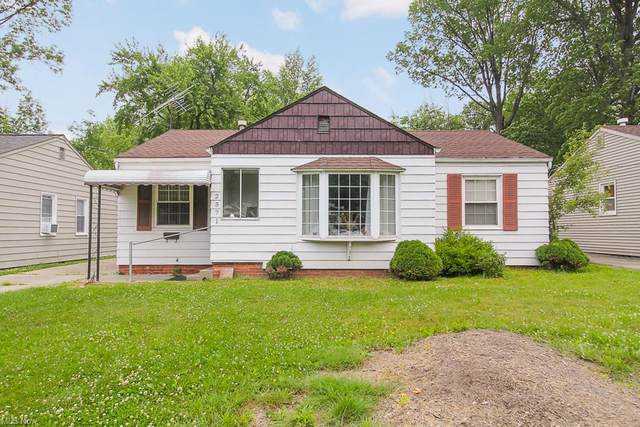 2571 Greenvale Road, Cleveland, OH 44121 (MLS #4286107) :: Tammy Grogan and Associates at Keller Williams Chervenic Realty