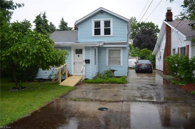 1035 Beachview Road, Willoughby, OH 44094 (MLS #4287518) :: The Crockett Team, Howard Hanna