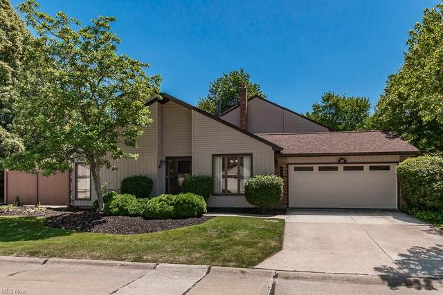 2403 Bunker Lane H-A, Willoughby, OH 44094 (MLS #4288302) :: The Holly Ritchie Team