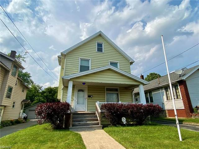 16 Townsend Avenue, Girard, OH 44420 (MLS #4289670) :: The Holden Agency