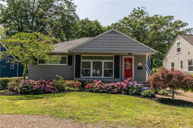 558 Parkside Road, Bay Village, OH 44140 (MLS #4298955) :: The Holly Ritchie Team
