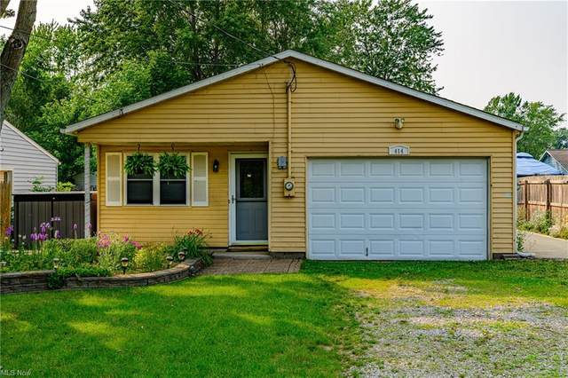 414 Lakeshore Boulevard, Painesville, OH 44077 (MLS #4299073) :: The Art of Real Estate