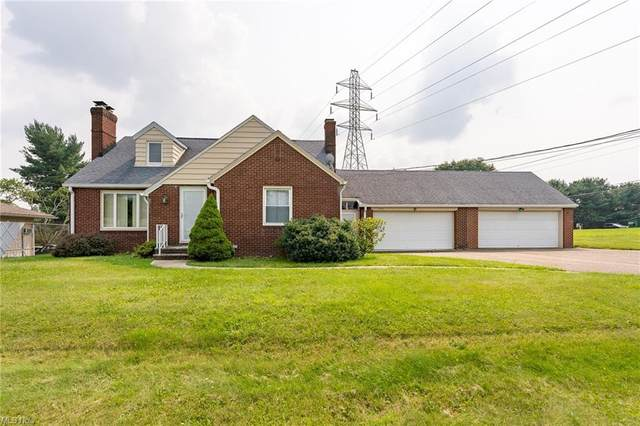 4164 Fulton Drive NW, Canton, OH 44718 (MLS #4299144) :: Tammy Grogan and Associates at Keller Williams Chervenic Realty