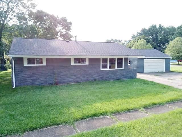 902 Warrington Road, Akron, OH 44320 (MLS #4303265) :: Keller Williams Legacy Group Realty