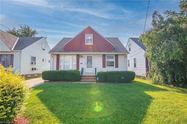 736 E 222nd Street, Euclid, OH 44123 (MLS #4303486) :: TG Real Estate