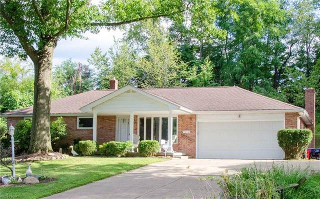 1214 Wicklow Circle NW, Canton, OH 44708 (MLS #4304672) :: The Art of Real Estate