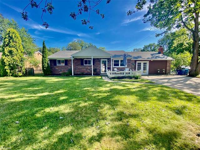 7574 Miami Road, Mentor-on-the-Lake, OH 44060 (MLS #4308514) :: The Holden Agency