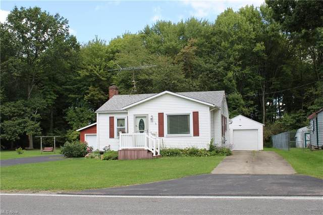 4263 Sandy Lake Road, Ravenna, OH 44266 (MLS #4315252) :: The Holly Ritchie Team