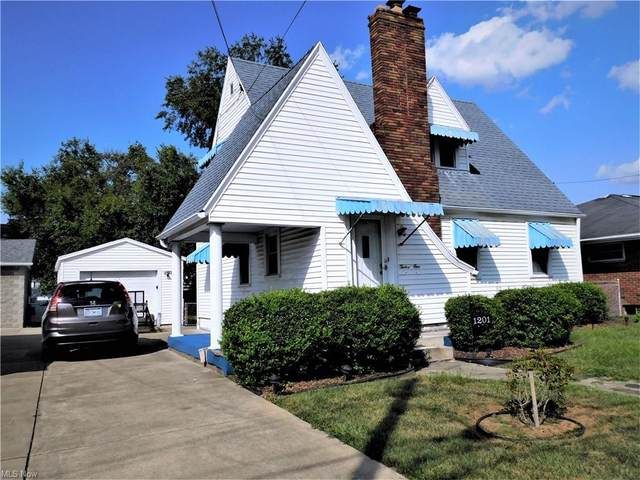 1201 Lakeview Drive, Parkersburg, WV 26104 (MLS #4315819) :: Simply Better Realty