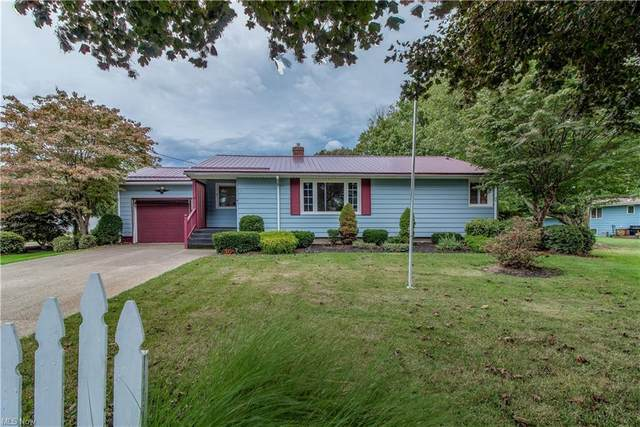 9 Sunset Drive, Conneaut, OH 44030 (MLS #4319123) :: The Holden Agency
