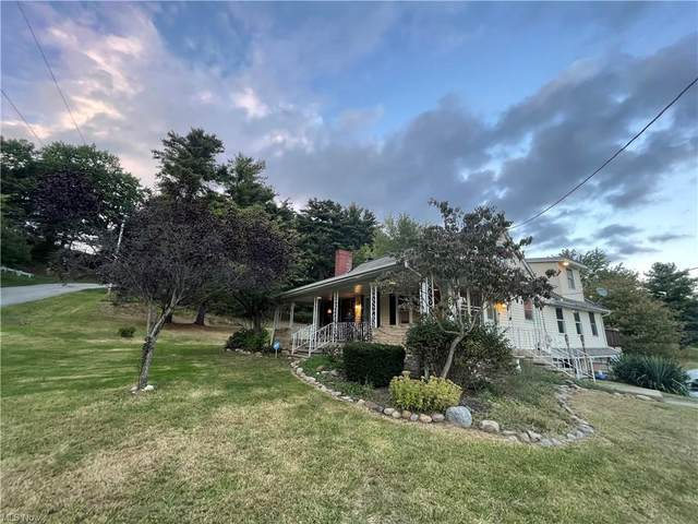 5990 Briggle Avenue SW, East Sparta, OH 44626 (MLS #4319374) :: Jackson Realty