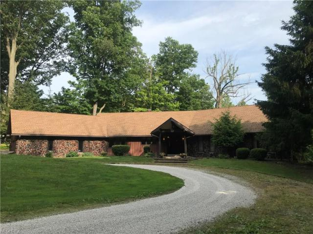 750 Center Rd, Hinckley, OH 44233 (MLS #4007776) :: Tammy Grogan and Associates at Cutler Real Estate