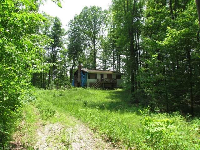 12717 Burton Heights Boulevard, Burton, OH 44021 (MLS #4103254) :: RE/MAX Valley Real Estate